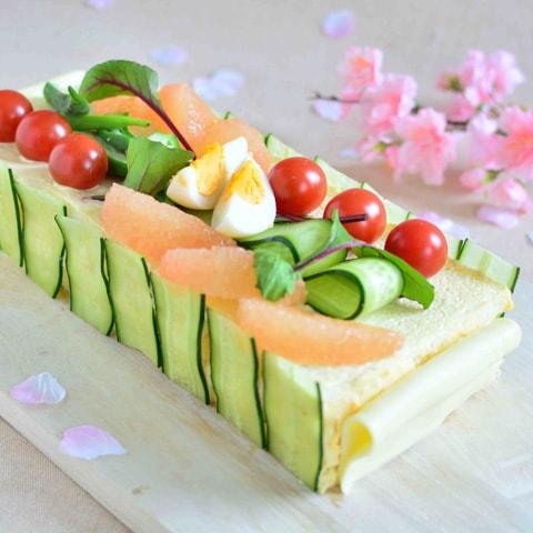 豪華すぎる! サンドイッチケーキの写真