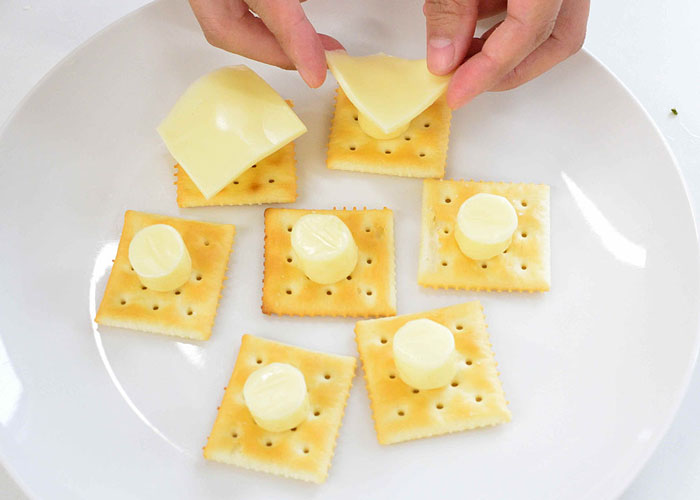 「ゆる~くとろける、ちいさなチーズおばけ☆」の作り方画像 2枚目