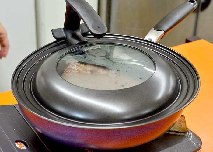 「贅沢な気分♪ 驚きの美味しさ! ロースト牛タン♪」の作り方画像 4枚目