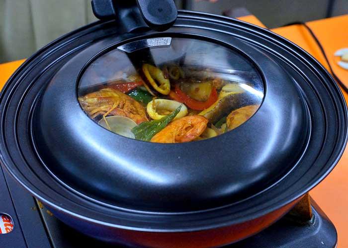 「炊いたご飯で簡単スピーディー☆ 旨味凝縮パエリア」の作り方画像 6枚目