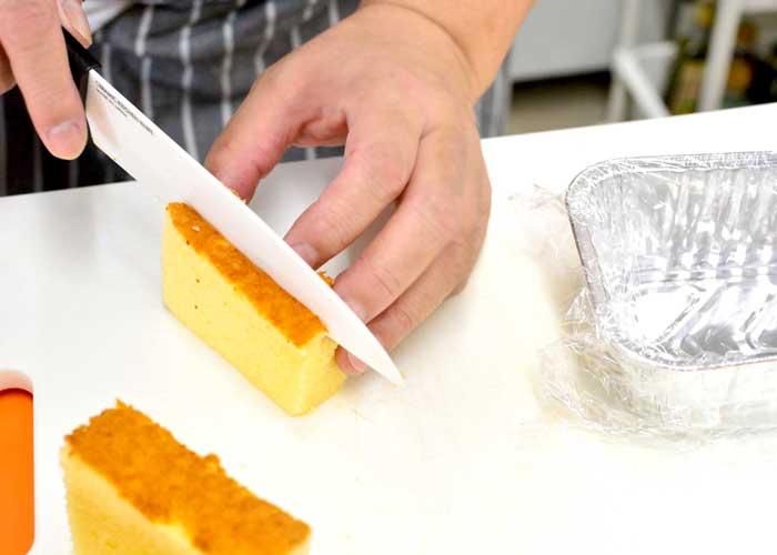 「カステラで超簡単! 失敗しないデコレーションケーキ♪」の作り方画像 2枚目