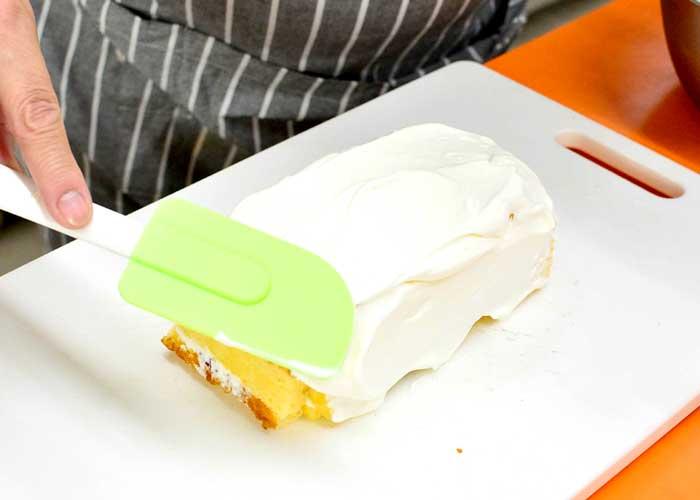 「カステラで超簡単! 失敗しないデコレーションケーキ♪」の作り方画像 7枚目
