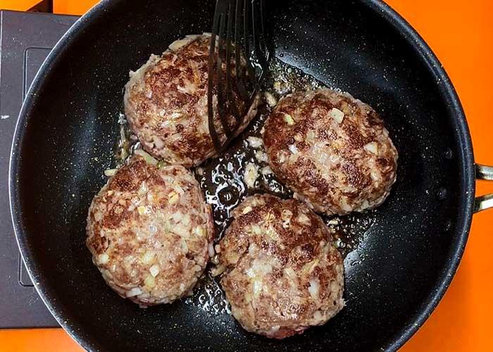 「ひき肉を使わずやわらかハンバーグ」の作り方画像 5枚目