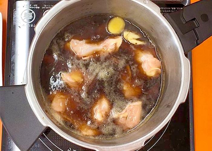 「手羽元のコーラ煮」の作り方画像 4枚目