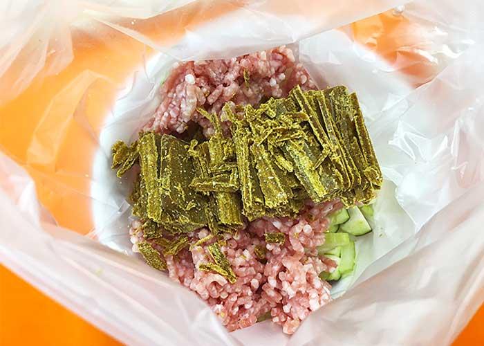 「アイラップでキーマカレー!野菜の歯ごたえが楽しめる感動の美味しさ!」の作り方画像 3枚目