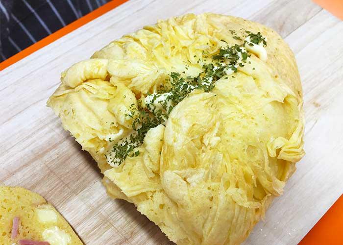 「アイラップでふんわり!湯せんで作るベーコンチーズ蒸しパン」の作り方画像 5枚目