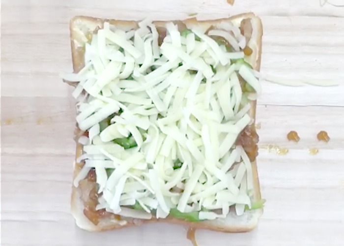「CUPCOOK®プルコギで作る、厚切りチーズトースト」の作り方画像 5枚目
