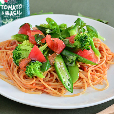 バジル香るトマトソースのフレッシュスパゲッティ