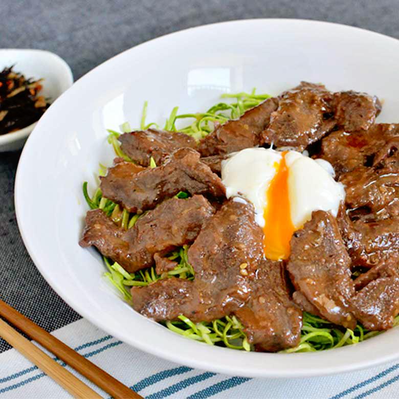 ちょっと贅沢したいときに☆ 大満足の牛ハラミ丼!!の写真
