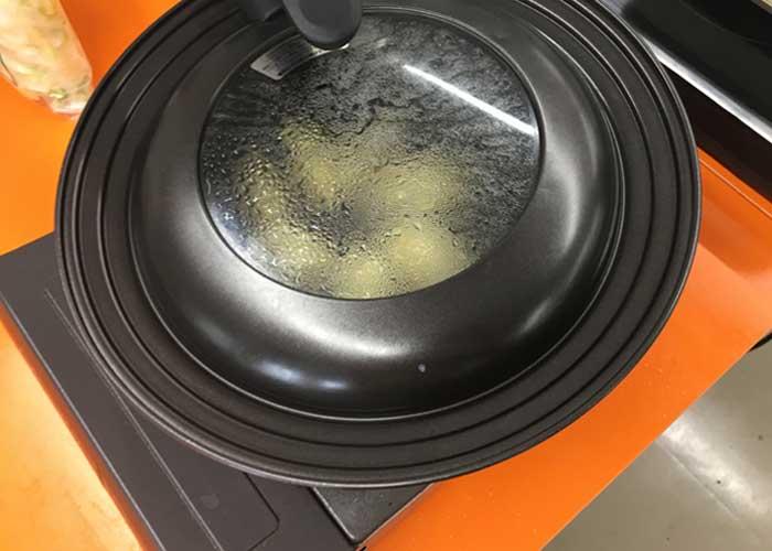 「もっちもち水餃子の染み旨白菜蒸」の作り方画像 5枚目