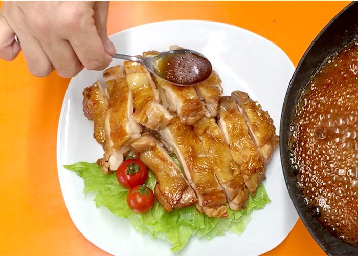 「濃厚ダレで絶品! 鶏もも肉の黒酢テリヤキ」の作り方画像 7枚目