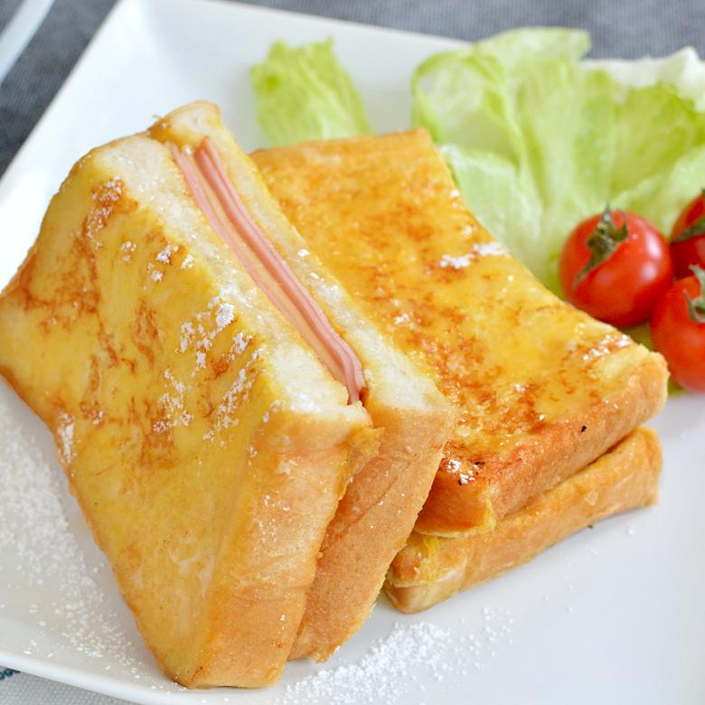 トロトロ食感でみみまでおいしい♪ ハム&チーズフレンチトーストの写真