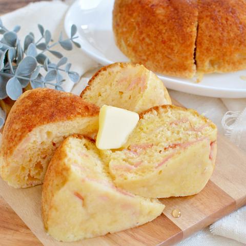 炊飯器で作れる! ほのかな甘さのハムとチーズのメープルパン