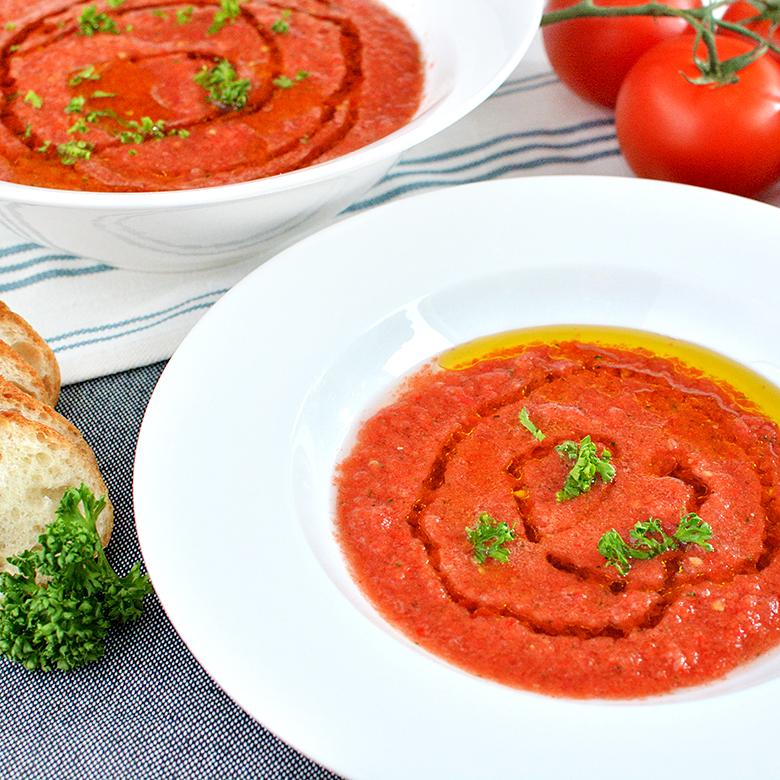 つぶつぶ野菜とトマトの冷製スープ「ガスパチョ」の写真