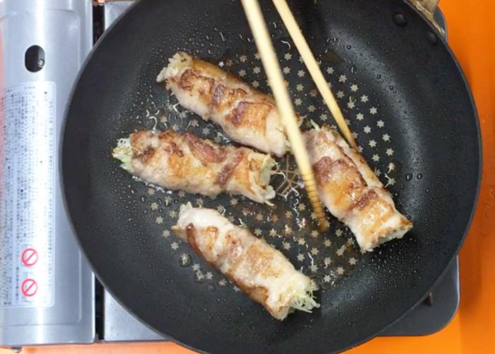 「じゅわっと旨味溢れる! キャベツの肉巻き」の作り方画像 3枚目