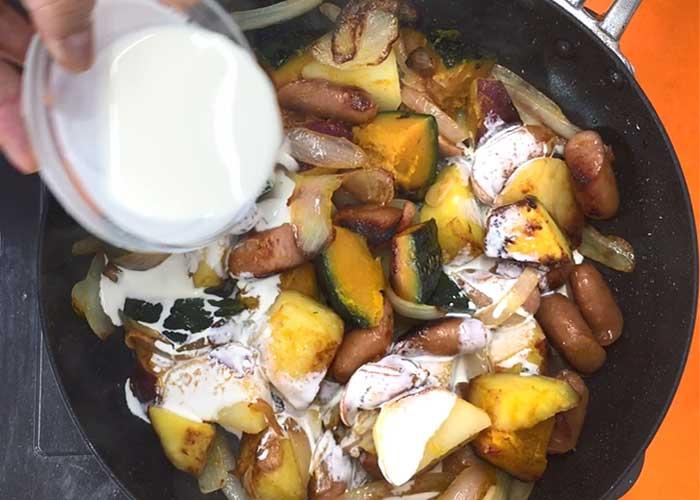 「ウインナーと根菜たっぷりのジャーマンポテト」の作り方画像 4枚目