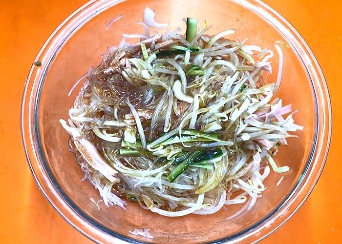 「ロースハムたっぷりの春雨サラダ☆」の作り方画像 4枚目