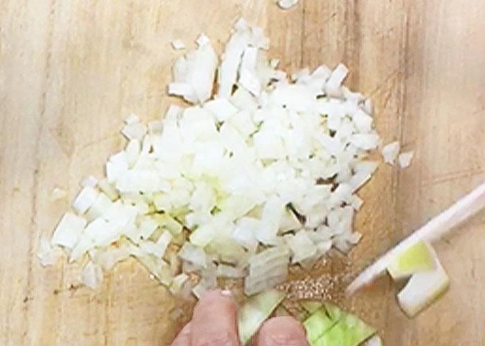「カルパスで作る! 中華風カルパス炊き込みご飯」の作り方画像 2枚目
