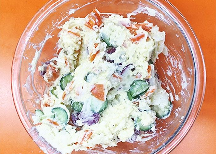 「カルパスで作る! 歯ごたえが美味しいポテトサラダ!」の作り方画像 3枚目