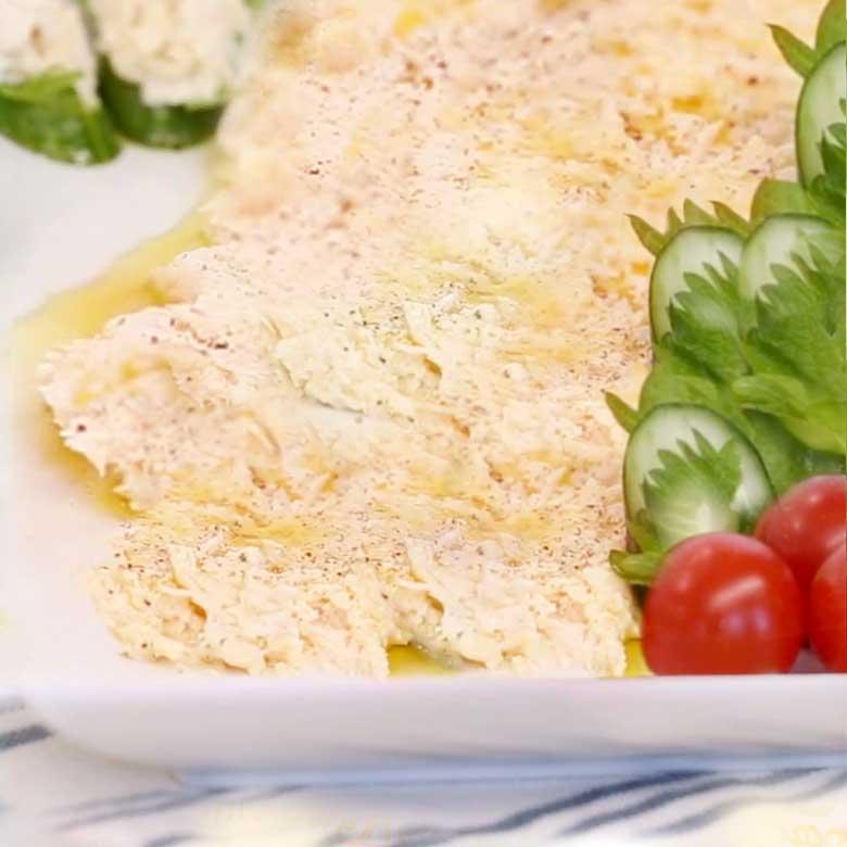 サラダチキンとクリームチーズのディップの写真