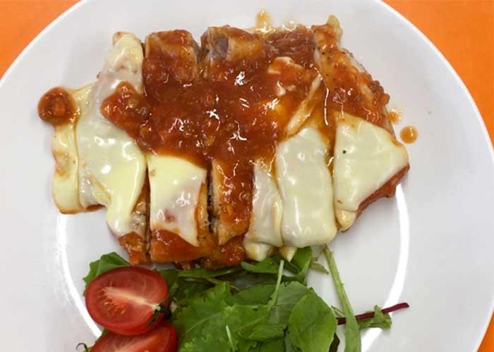 「オーブンにおまかせ!とろけるチーズの鶏もも肉ミート焼」の作り方画像 5枚目