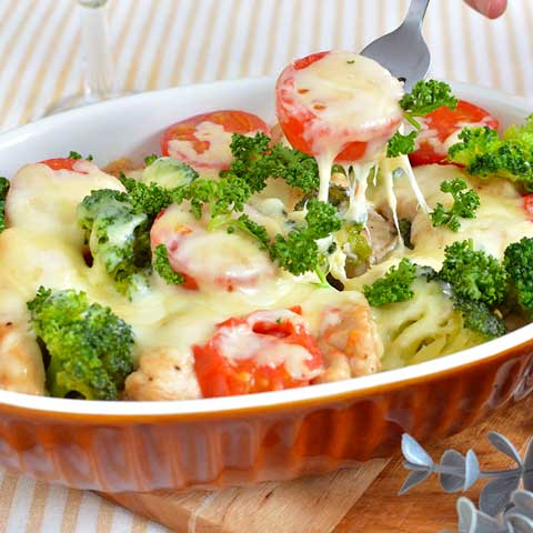 レンジで簡単! 鶏とブロッコリーのチーズ焼き