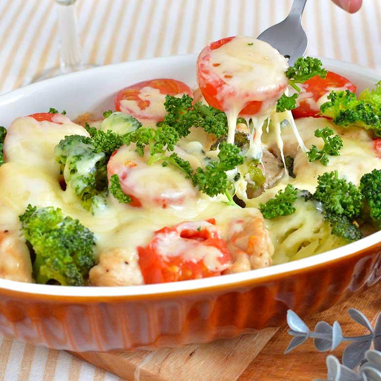 レンジで簡単!鶏とブロッコリーのチーズ焼きの写真