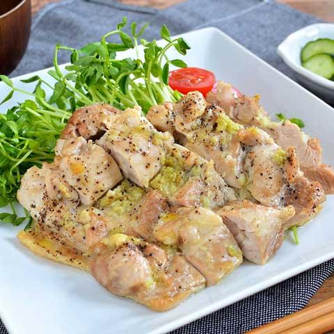 オーブンで簡単! 食欲満点鶏ももガーリック焼き