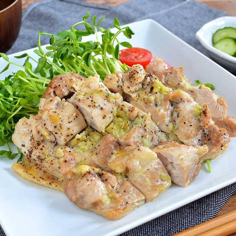 オーブンで簡単!食欲満点鶏ももガーリック焼きの写真