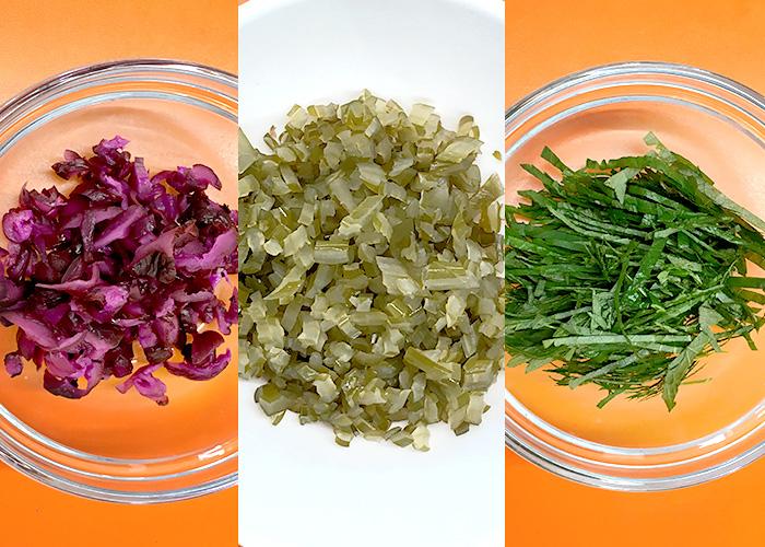 「茎めかぶとしば漬けの、具だくさん納豆ご飯」の作り方画像 1枚目