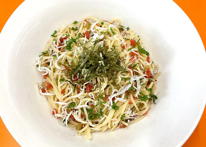 「具だくさんで嬉しい! カリカリ梅としらすのスパゲッティ」の作り方画像 5枚目