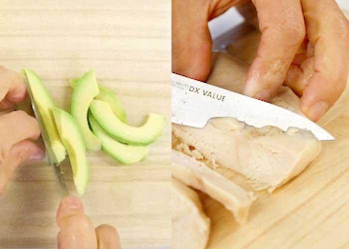 「香ばしくおつまみにもおかずにも最高!サラダチキンとアボカドの包み焼き」の作り方画像 1枚目