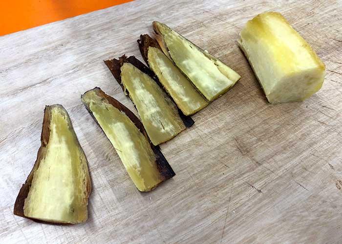 「焼き芋の伊達巻風芋菓子」の作り方画像 1枚目