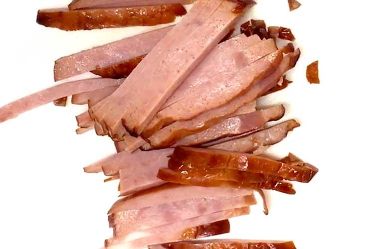 「ボリュームがあってとっても簡単!焼豚ともやしの中華和え」の作り方画像 3枚目