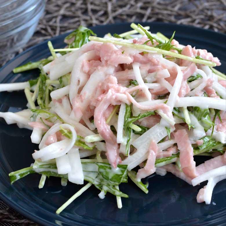 野菜がしゃきしゃき!大根とももハムのサラダの写真