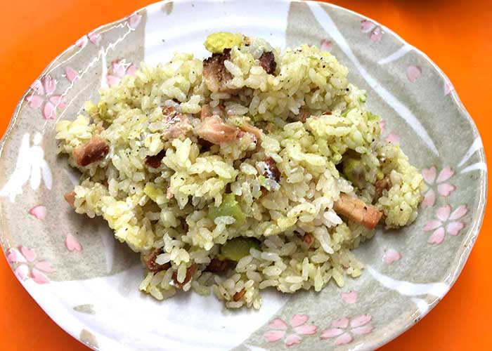 「燻りベーコンとアボカドの炊き込みご飯」の作り方画像 5枚目