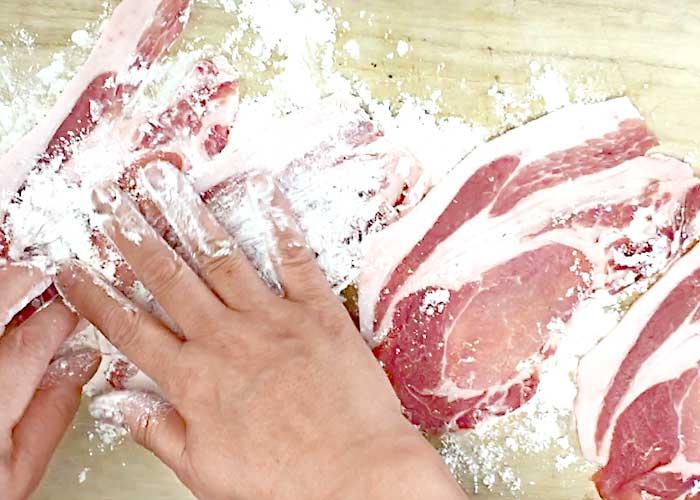 「丼ぶりにしても美味しい!ポークチャップ」の作り方画像 2枚目