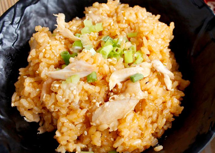 「炊飯器だけでできる!鶏のうまみ染み込む!手羽先の韓国風炊き込みご飯」の作り方画像 4枚目